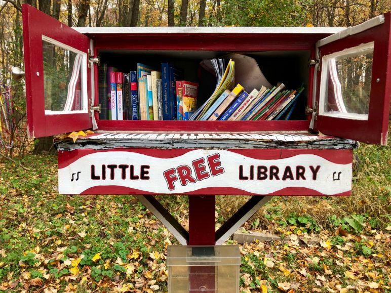 little free library bindella vita nuovo nemico terra 2486 anima compagno ideale